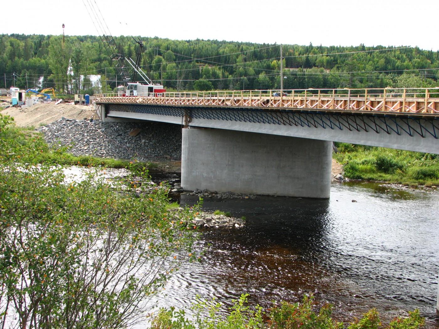 Naswhaak Bridge (2006)